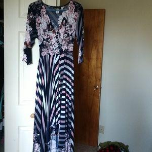 High/love 3/4 sleeve dress never worn